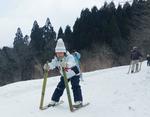 竹ぞりでおつなスキー